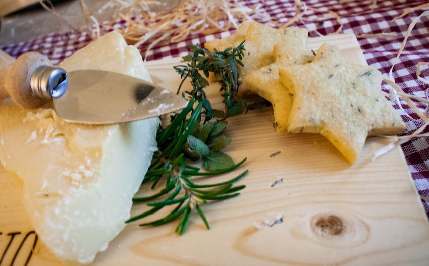 Grana Padano-Plätzchen - Ein Häppchen Liebe