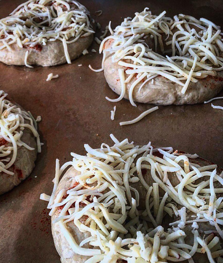 Hausgebackene Bagels - Making of - Ein Häppchen Liebe