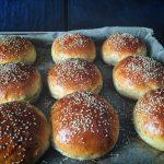 Brioche Burger Buns - Ein Häppchen Liebe