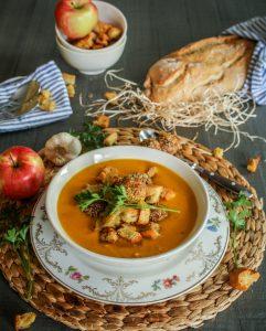 Karotten-Kokos-Suppe - Ein Häppchen Liebe